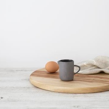 Twig-and-feather-flax-ceramics-white-charcoal
